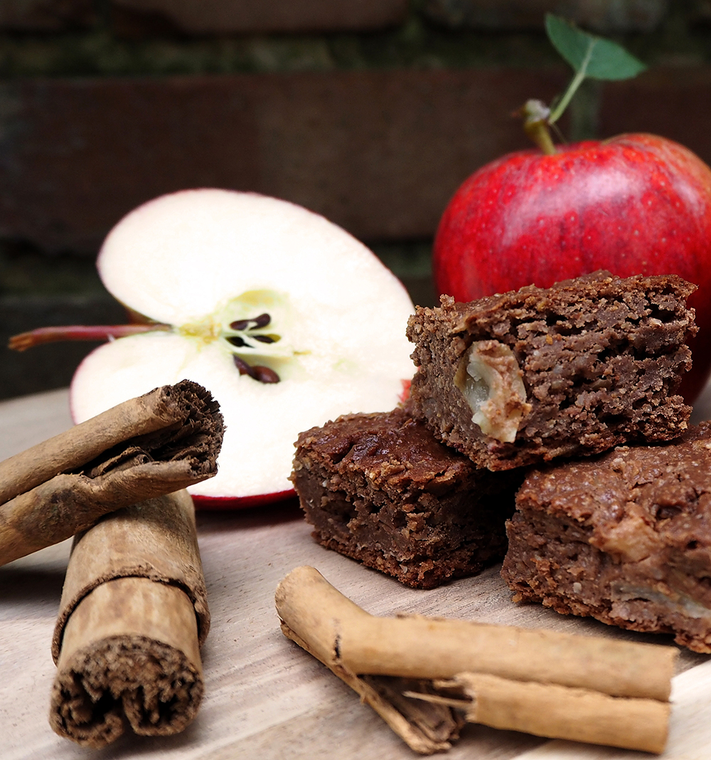 vegan-gluten-free-apple-cinnamon-cake-2