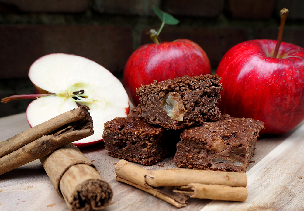 vegan-gluten-free-apple-cinnamon-cake